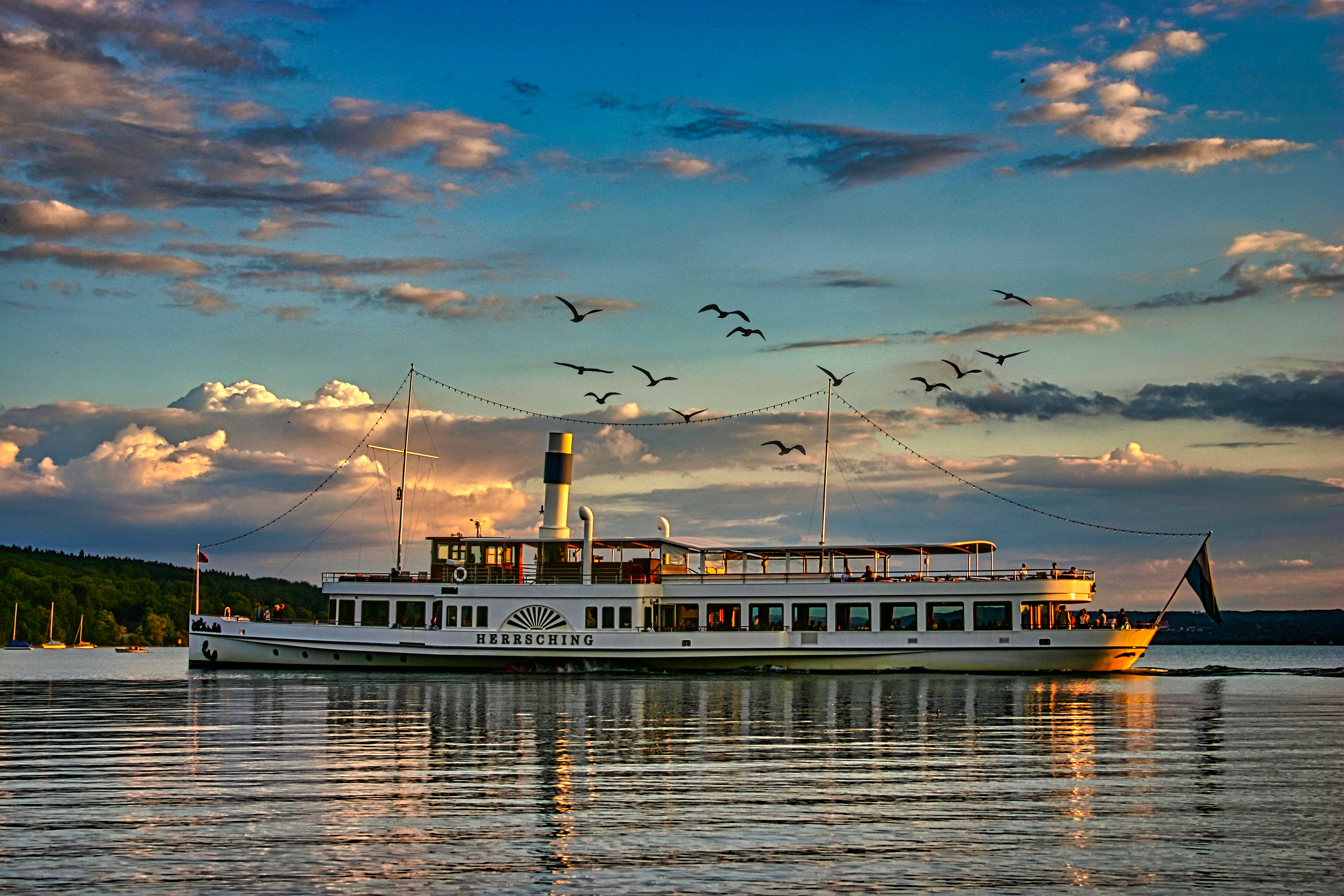 Ammersee Steamboat Herrsching